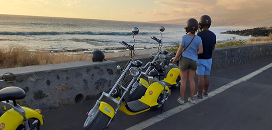 Woolib-Run : Pause en bord de route pour admirer la côte