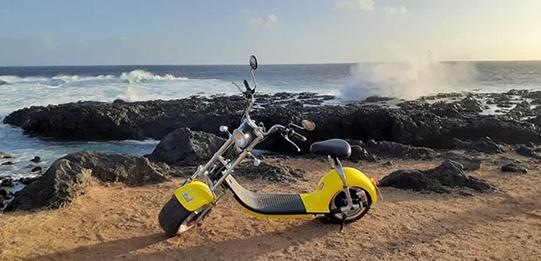 Woolib-Run : le scooter électrique Chopper One à la Pointe au sel (La Réunion)